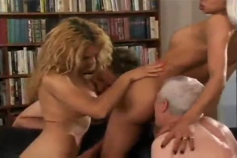 lady-man orgy - Gentlemens movie scene
